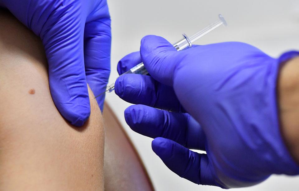 Вакцинация от респираторных заболеваний и гриппа помогает существенно снизить вероятность развития воспаления легких