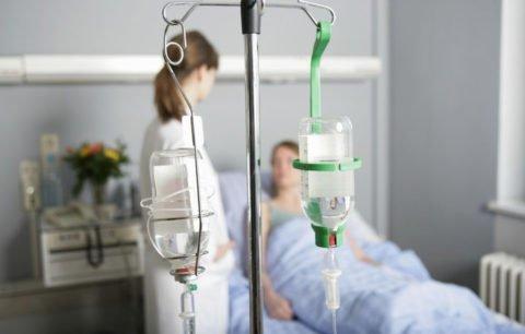 Антибактериальная терапия гнойного плеврита должна проводиться в стационарных условиях под наблюдением врачей