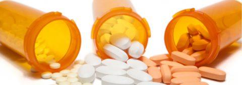 Антибиотики при хроническом бронхите принимают по назначению врача.