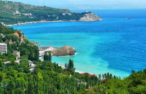 Больным рекомендуется проходить санаторно-курортное лечение на морском побережье
