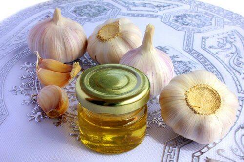 грудной остеохондроз лечение в домашних условиях народными средствами мед и чеснок внутрь