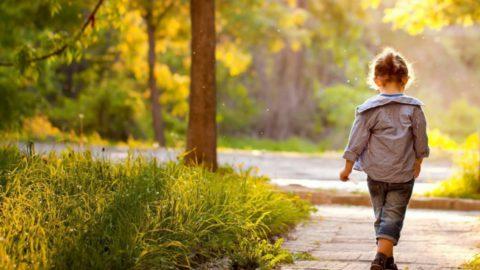 Что бы ни инфицировать окружающих следует выбирать уединенные места для прогулок.