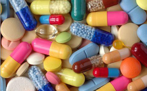 Для борьбы с вирусной пневмонией антибиотики не используют.