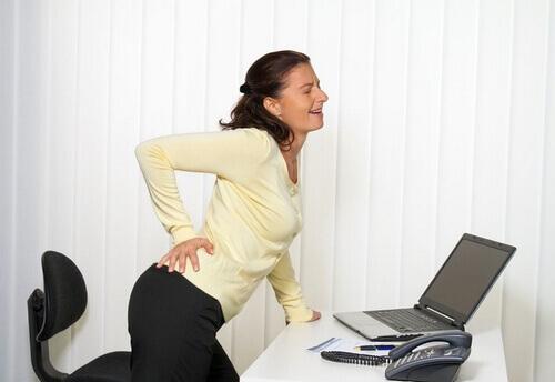 резкие боли в пояснице при движении у мужчин