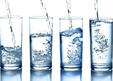Достаточное питье важно при большинстве заболеваний