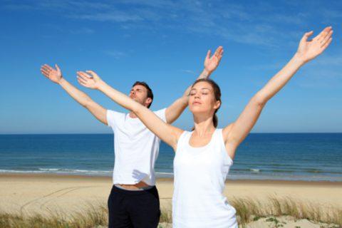 Дыхательная гимнастика на берегу моря