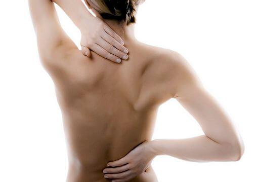 Когда надо записаться к врачу при грудном остеохондрозе
