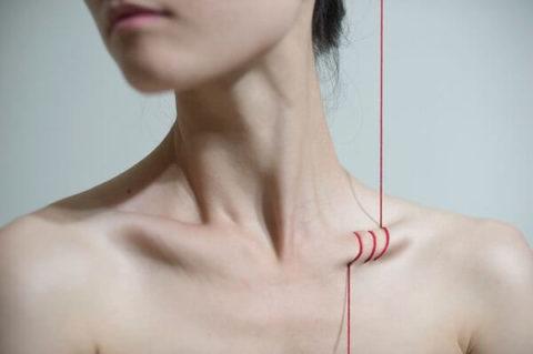 Главные симптоматические характеристики сломанной ключицы в человеческом организме
