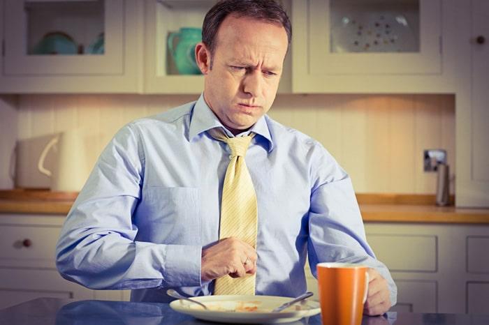 Утренняя изжога: симптомы, причины и лечение