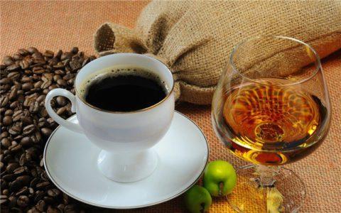 Кофе, чай или алкоголь употребленный перед флюорографией не влияют на результат исследования