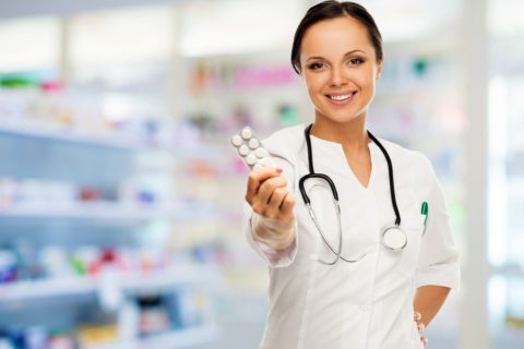 Когда применяют антибиотики для лечения бронхита.