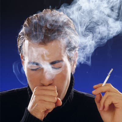 Курения как фактор предрасполагающий к образованию бронхита.