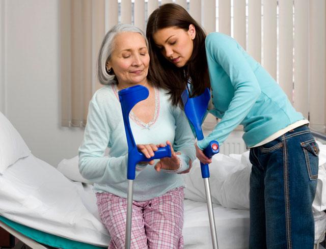 Что делать при переломе шейки бедра: рекомендации для больных и их родных