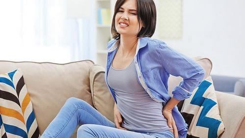 Люмбаго - причина боли в середине спины