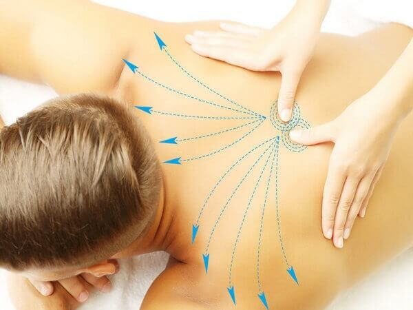 массаж на спине