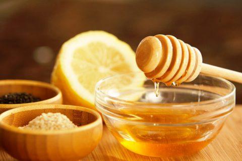 Мед – терапия при заболевании бронхов.