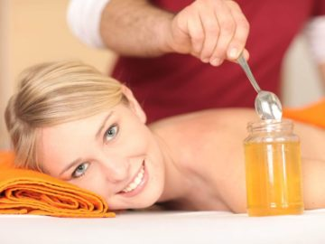 Медовый массаж вырабатывает эндорфины