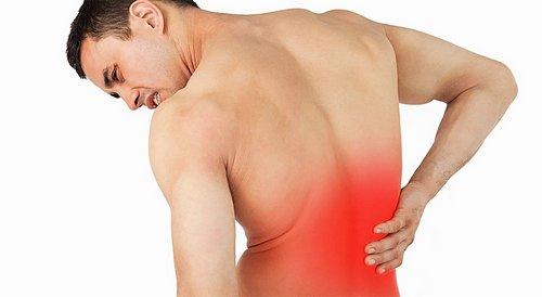 При миозите болят мышцы поясницы