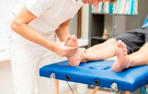 Разрыв связок сустава колена