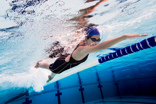 Плавание при протрузии