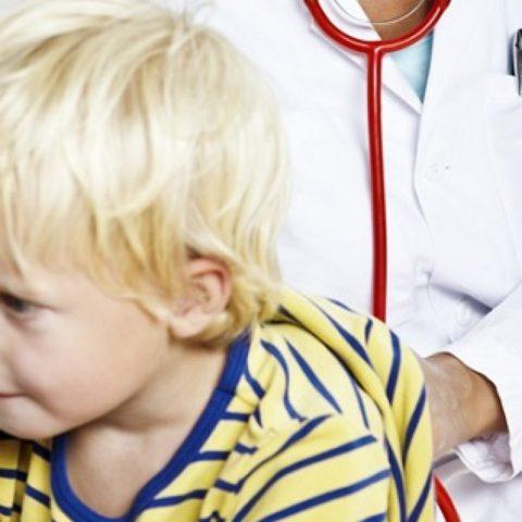 Пневмония у детей: опасности.
