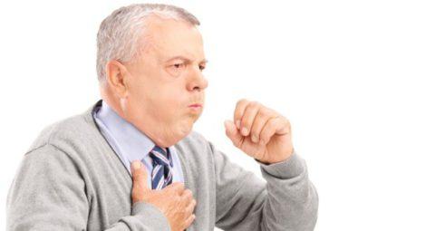 Постоянный кашель – повод для обращения к врачу.