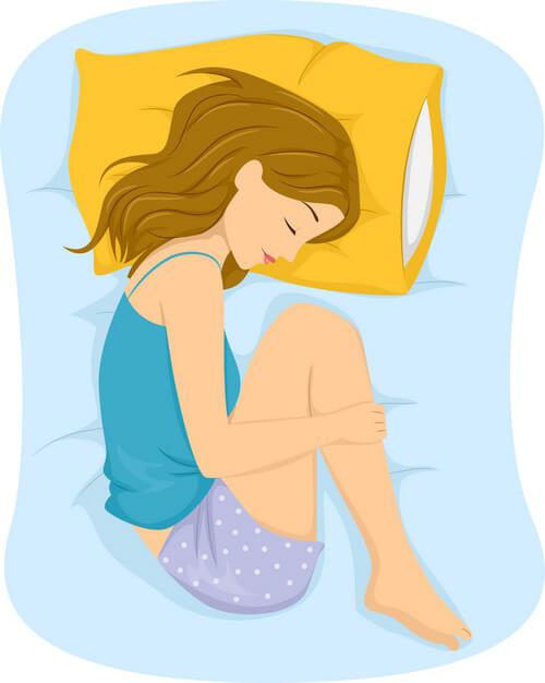 как снять боль в спине дома - поза для сна