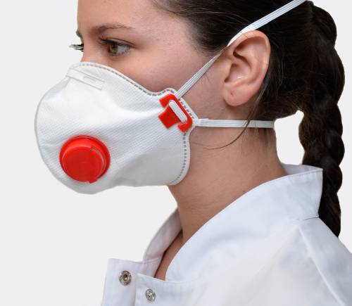 Противотуберкулезный респиратор – самое надежное средство защиты для врачей и медицинского персонала фтизиатрических диспансеров.