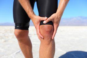 Подагрический артрит сустава колена