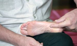 Шпора на пальце ступни