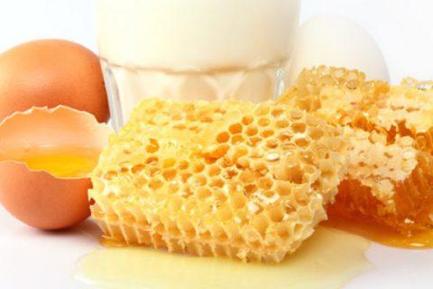 Смесь соды с яйцом и молоком