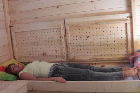 Сон на ульях – полезен после перенесенной пневмонии