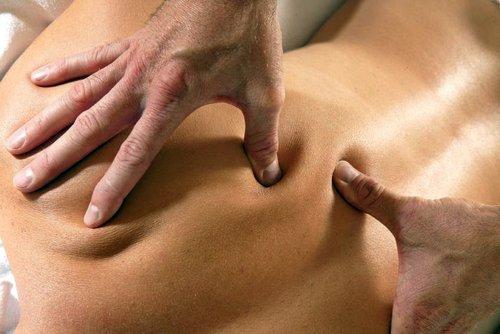 почему болит спина после массажа воротниковой зоны