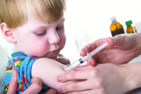 Вакцинацию можно проводить только после полного выздоровления.