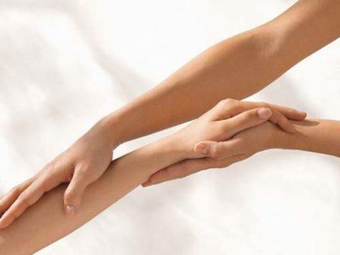 Выраженная симптоматика при нарушенной целостности костных структур верхней конечности
